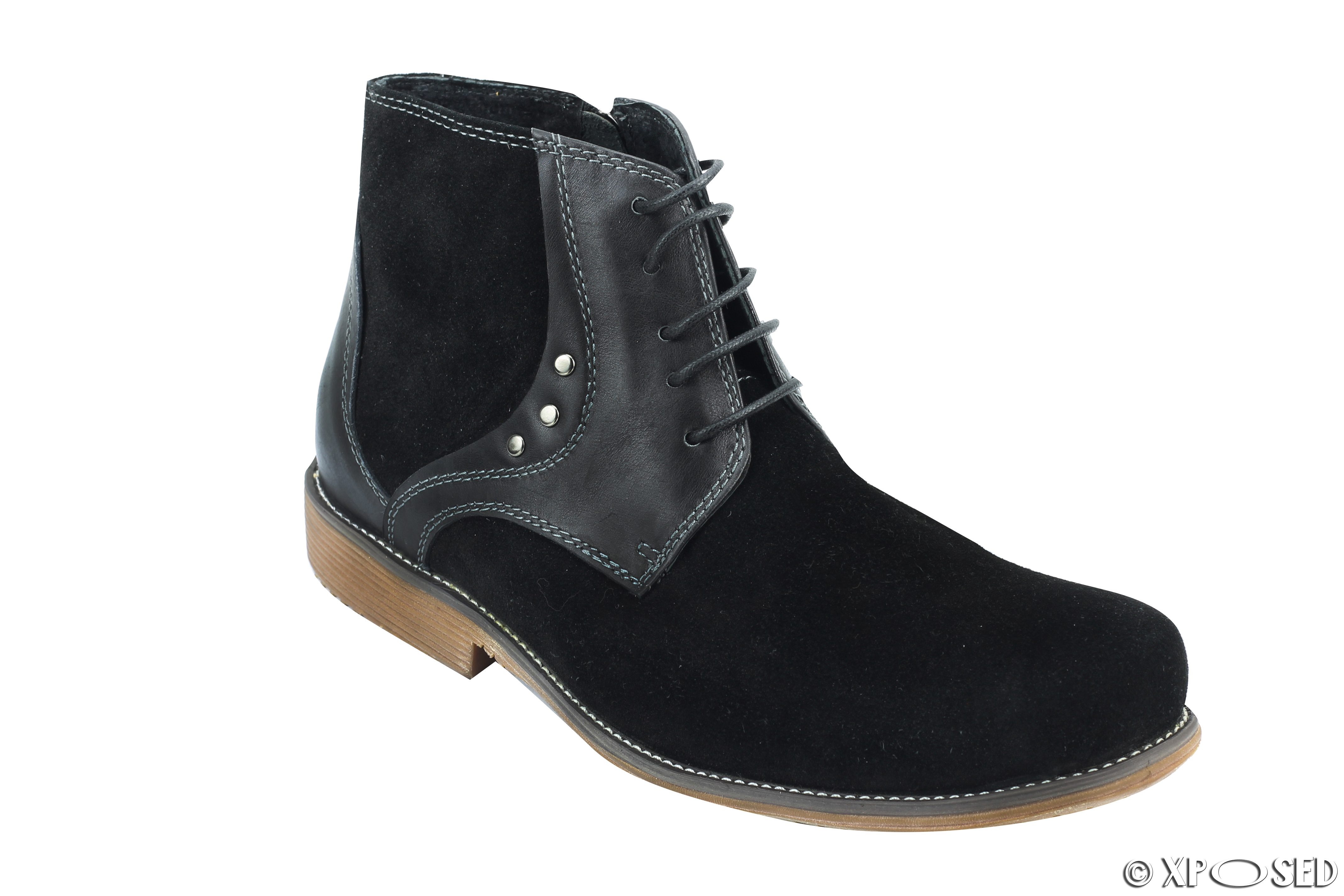 Complete your footwear collection with men's boots from Kohl's. From fashion-forward to fully functional, the boots for men from Kohl's meet you every need. Stay on thrend with our selection of men's black chukka boots.